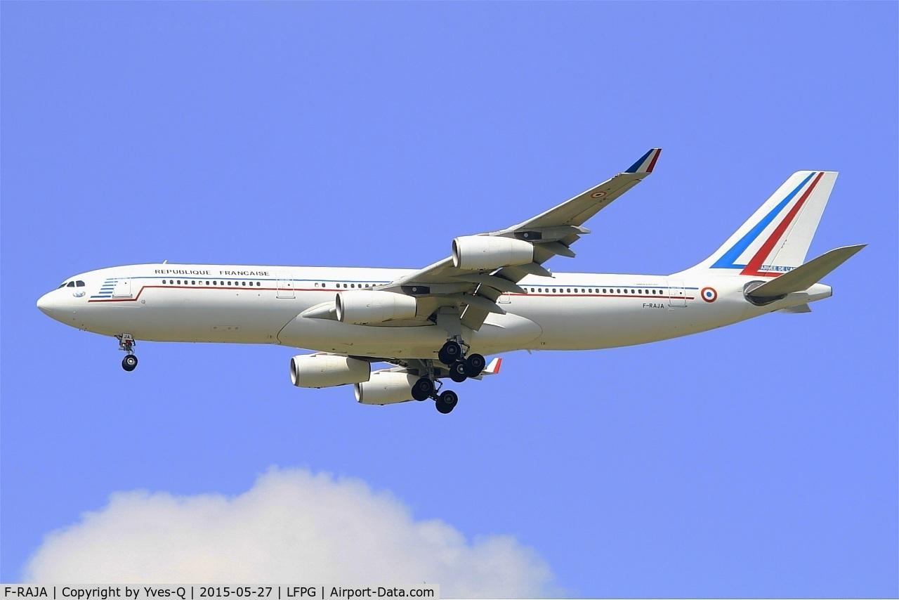 F-RAJA, 1995 Airbus A340-212 C/N 075, French Air Force Airbus A340-212, Short approach rwy 27R, Paris-Roissy Charles De Gaulle airport (LFPG-CDG)