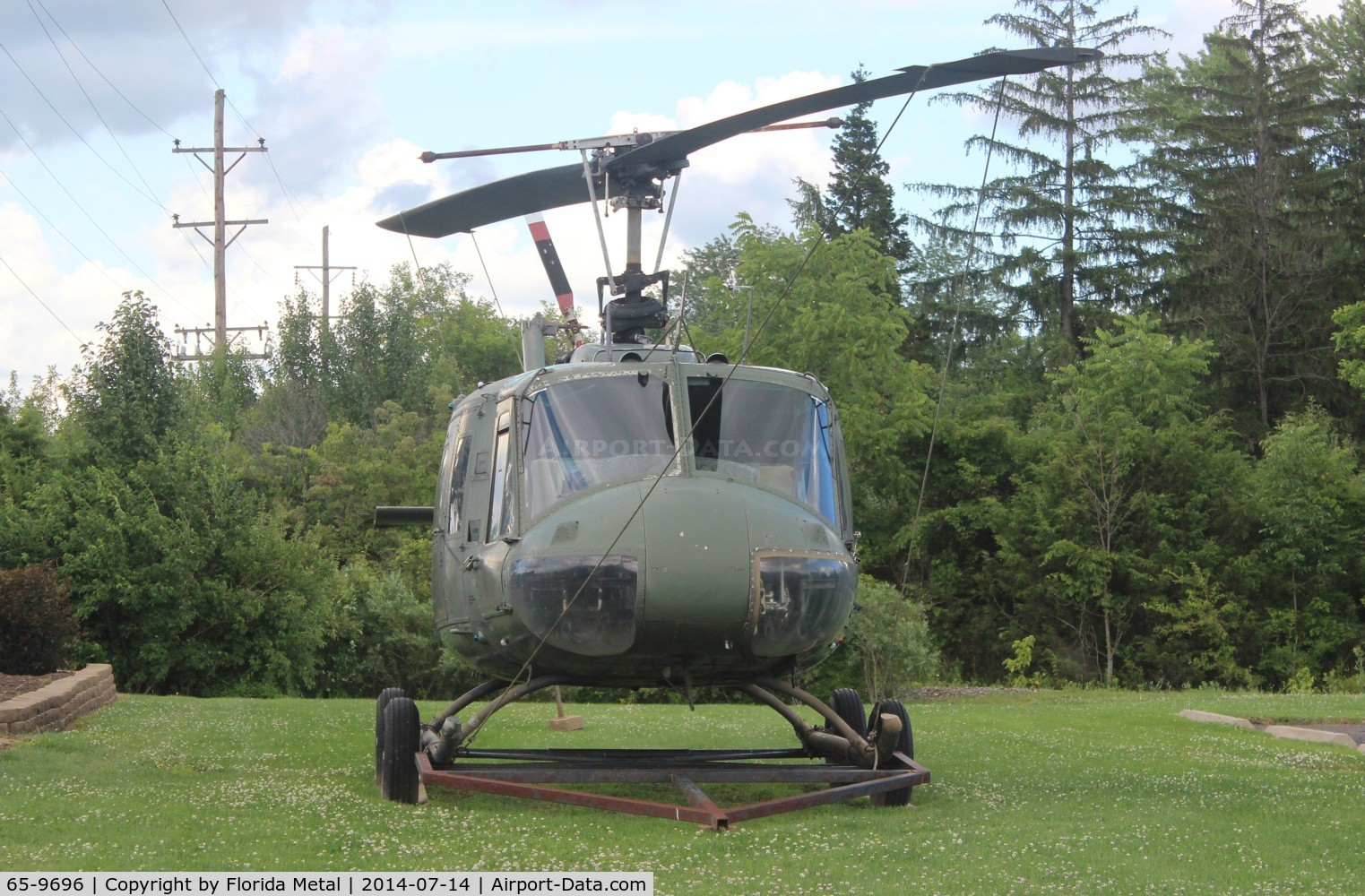 65-9696, 1965 Bell UH-1H Iroquois C/N 4640, UH-1H in Vandalia VFW Hall