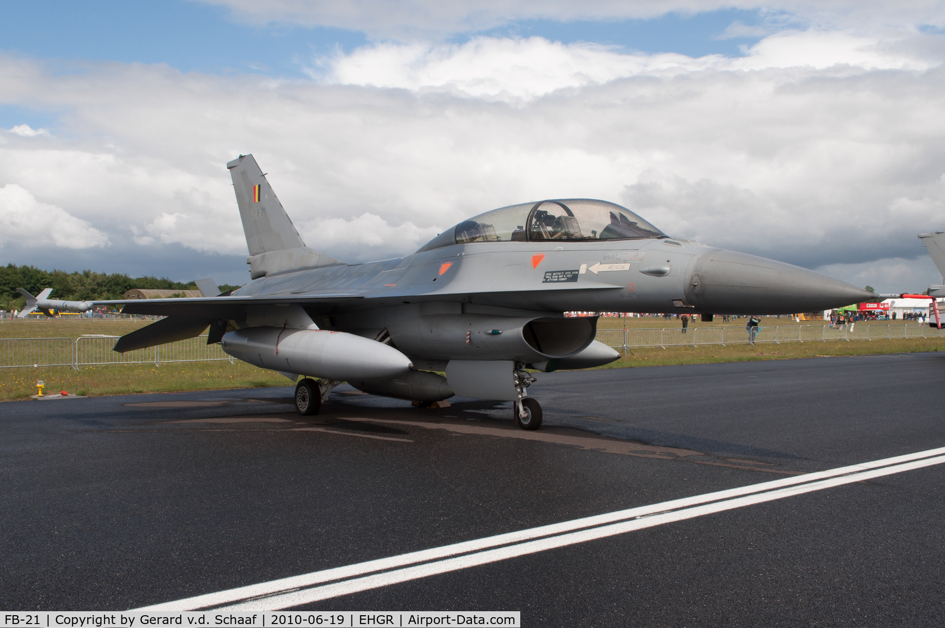 FB-21, General Dynamics F-16B Fighting Falcon C/N 6J-21, Gilze-Rijen, June 2010