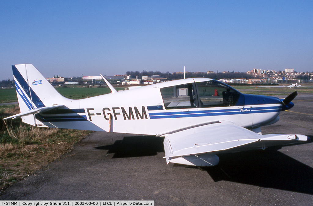 F-GFMM, Robin DR-400-140B Major C/N 1451, Parked at the ENSICA Airclub