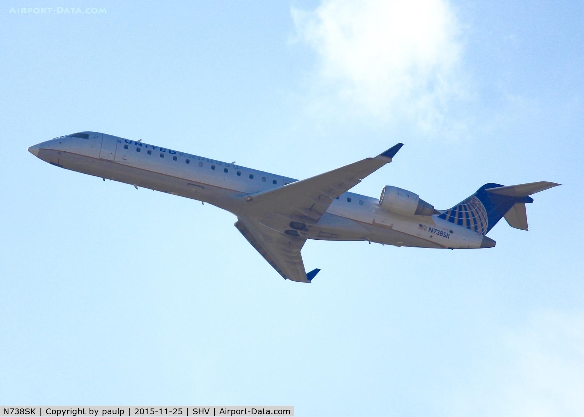 N738SK, 2005 Bombardier CRJ-700 (CL-600-2C10) Regional Jet C/N 10195, At Shreveport Regional.