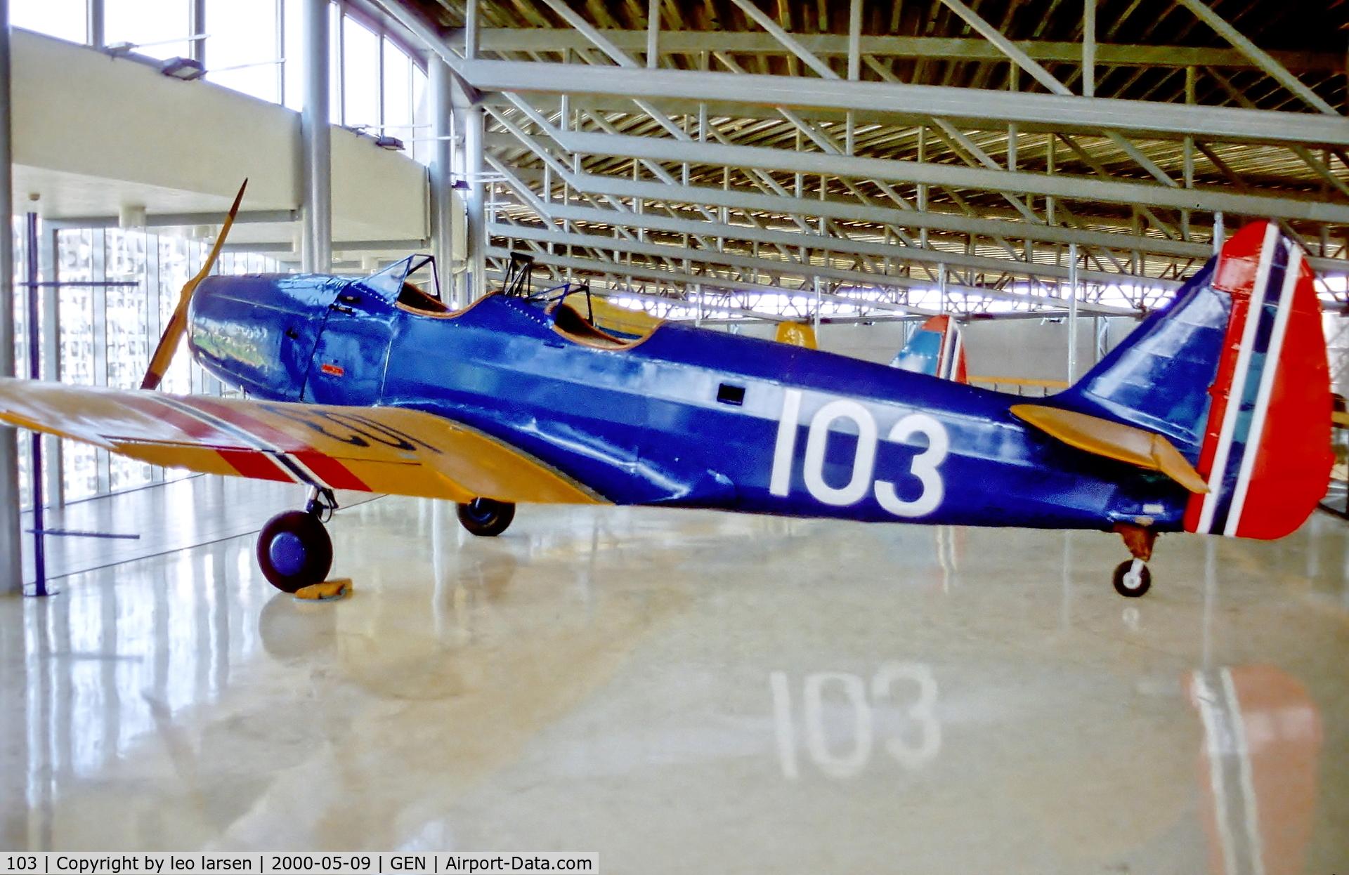 103, 1940 Fairchild PT-19 C/N T40208, Forsvarsmuseet Gardermoen 9.5.00