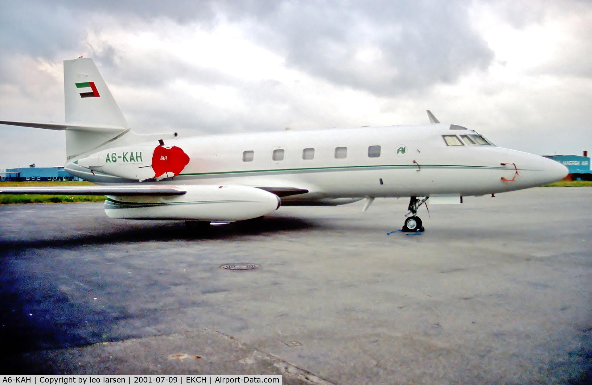 A6-KAH, 1977 Lockheed L-1329-25 JetStar II C/N 5220, Copenhagen 9.7.01