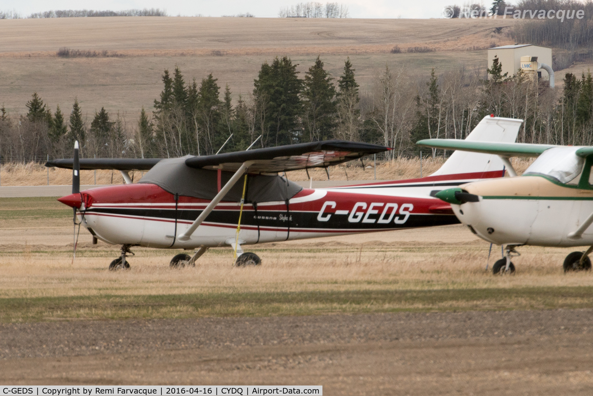 C-GEDS, 1972 Cessna 172L Skyhawk C/N 17260273, In the open.