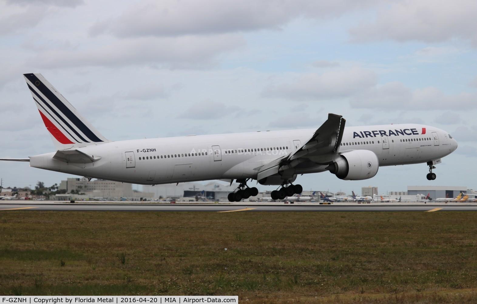 F-GZNH, 2010 Boeing 777-328/ER C/N 35544, Air France