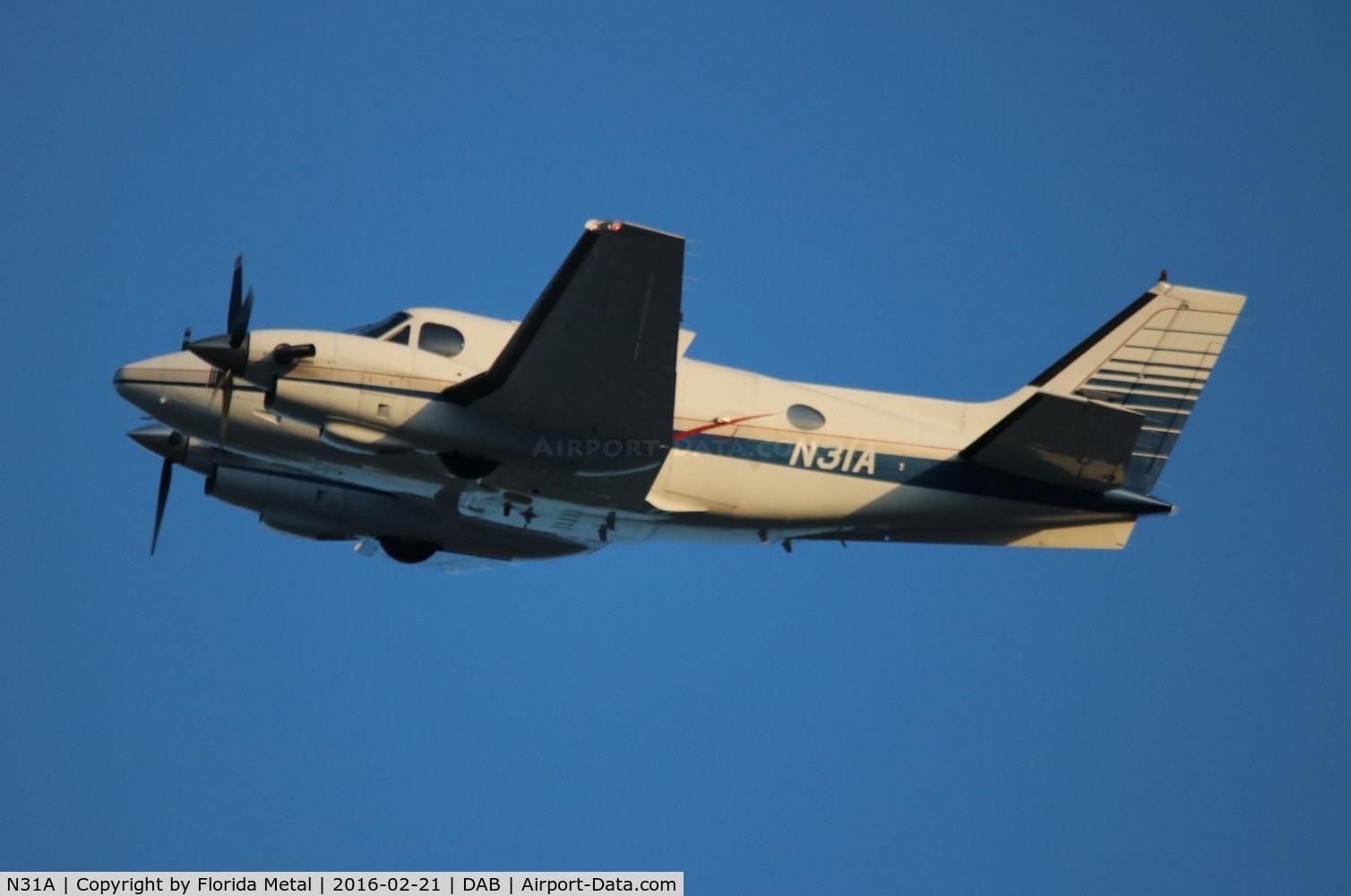 N31A, 1978 Beech E-90 King Air C/N LW-281, Beech E-90