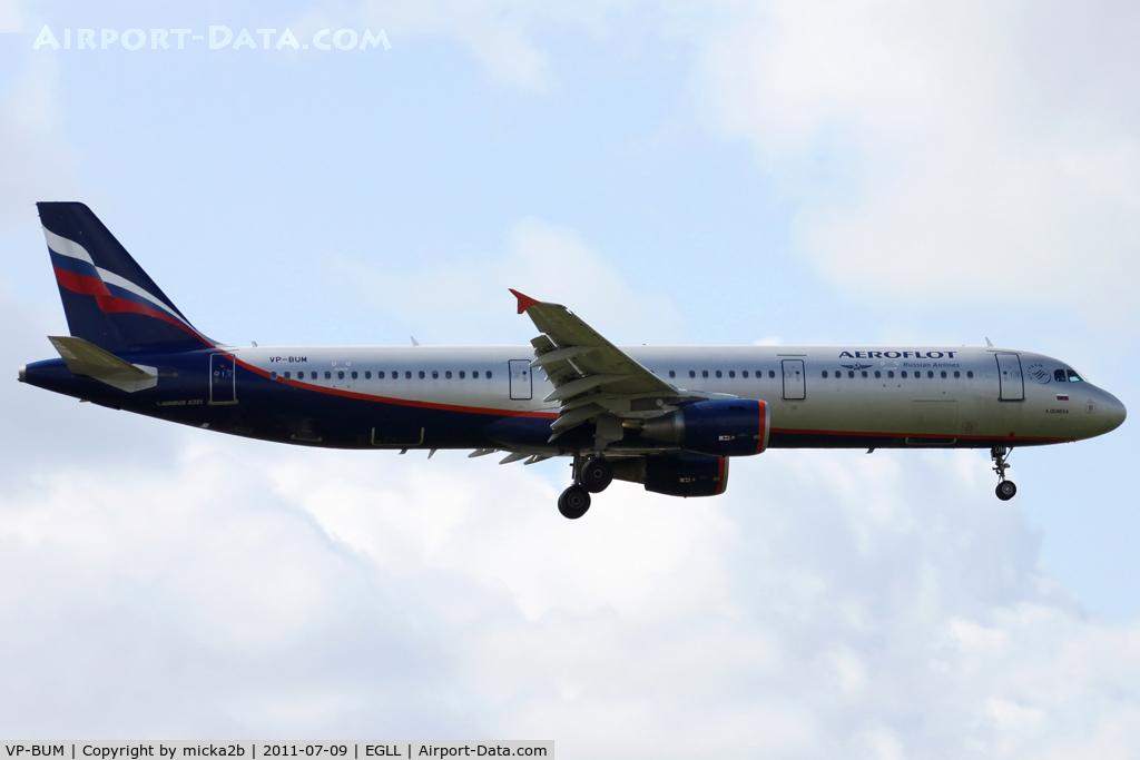 VP-BUM, 2007 Airbus A321-211 C/N 3267, Landing