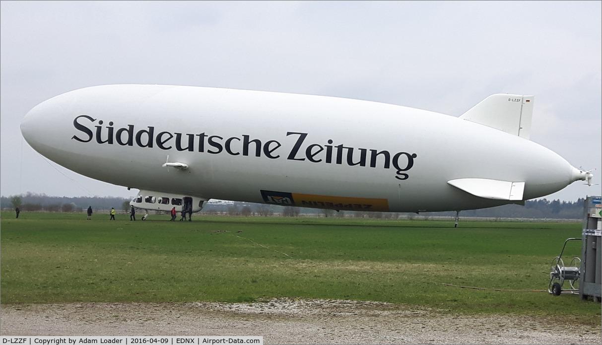D-LZZF, 1998 Zeppelin LZ-N07 C/N 3, D-LZZF performs sightseeing flights over Munich from Schleißheim Airfield near Munich