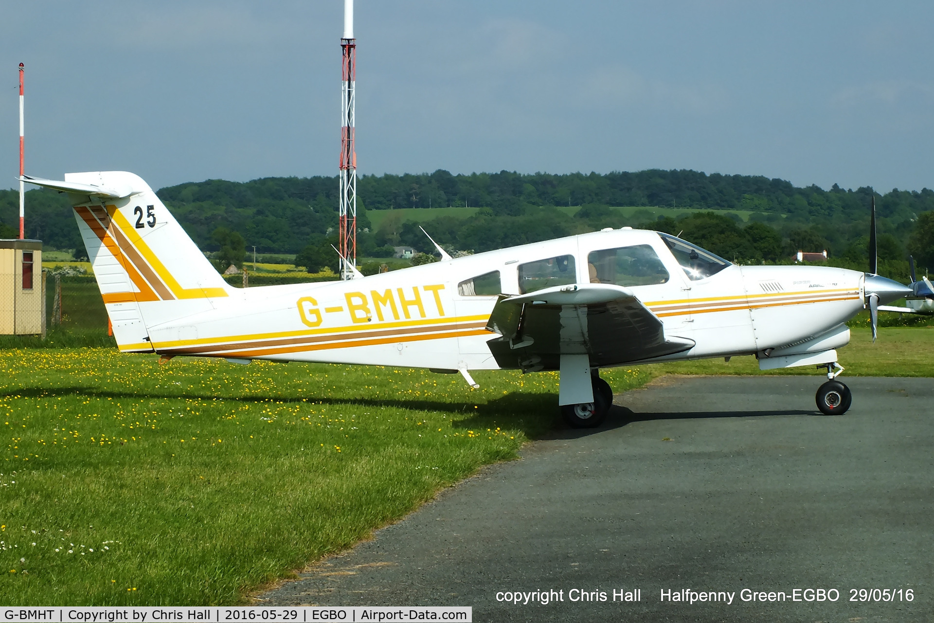 G-BMHT, 1981 Piper PA-28RT-201T Turbo Arrow IV C/N 28R-8231010, at Halfpenny Green