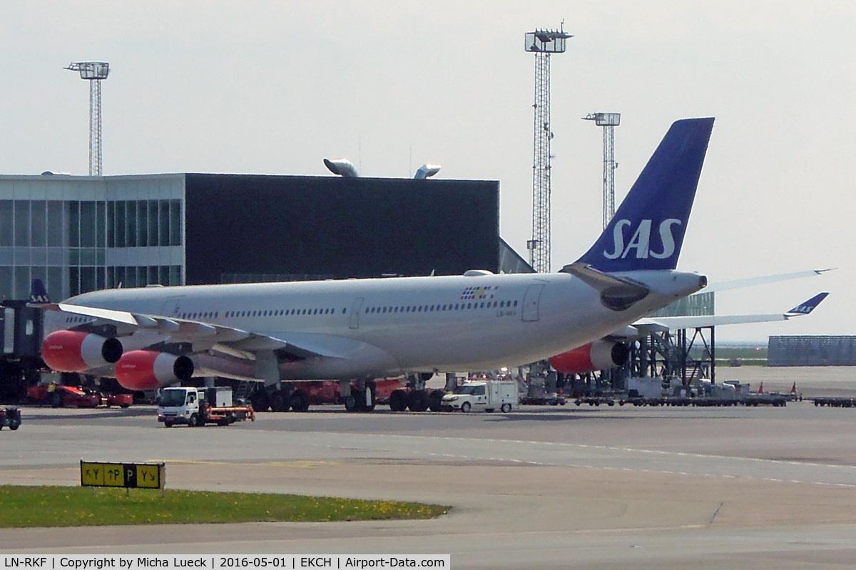 LN-RKF, 2001 Airbus A340-313X C/N 413, At Kastrup