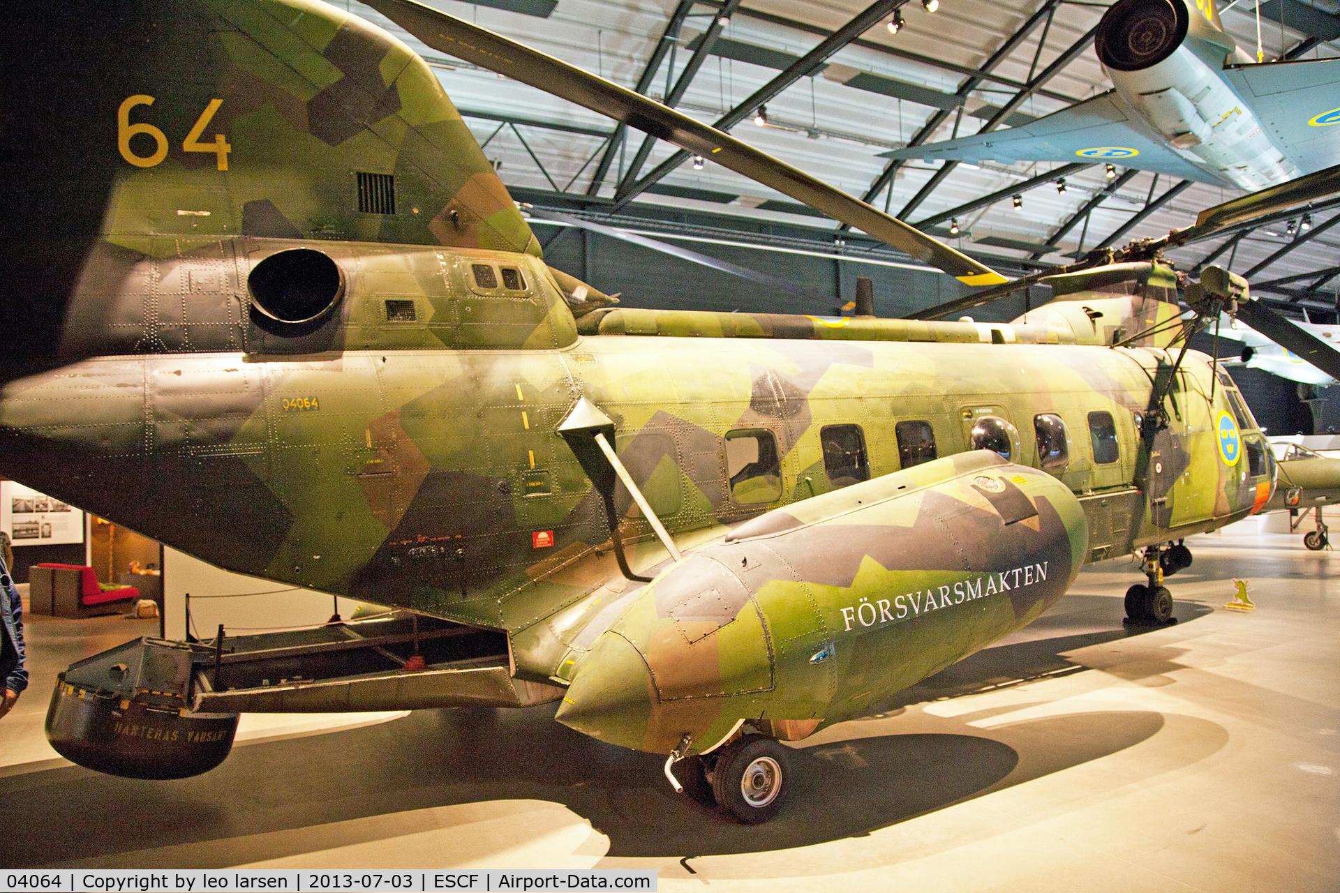 04064, Boeing Vertol Hkp4B C/N 11, Flygvapen Museum 3.7.13
