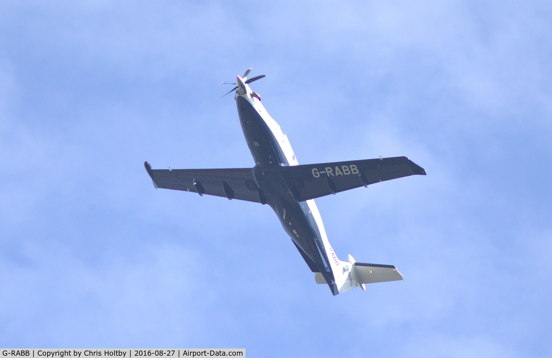 http://www.airport-data.com/images/aircraft/large/001/221/001221676.jpg