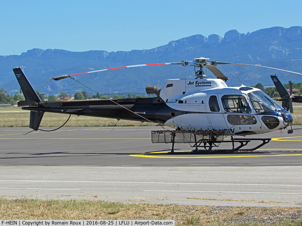 F-HEIN, 2009 Eurocopter AS-350B-3 Ecureuil C/N 4740, Parked