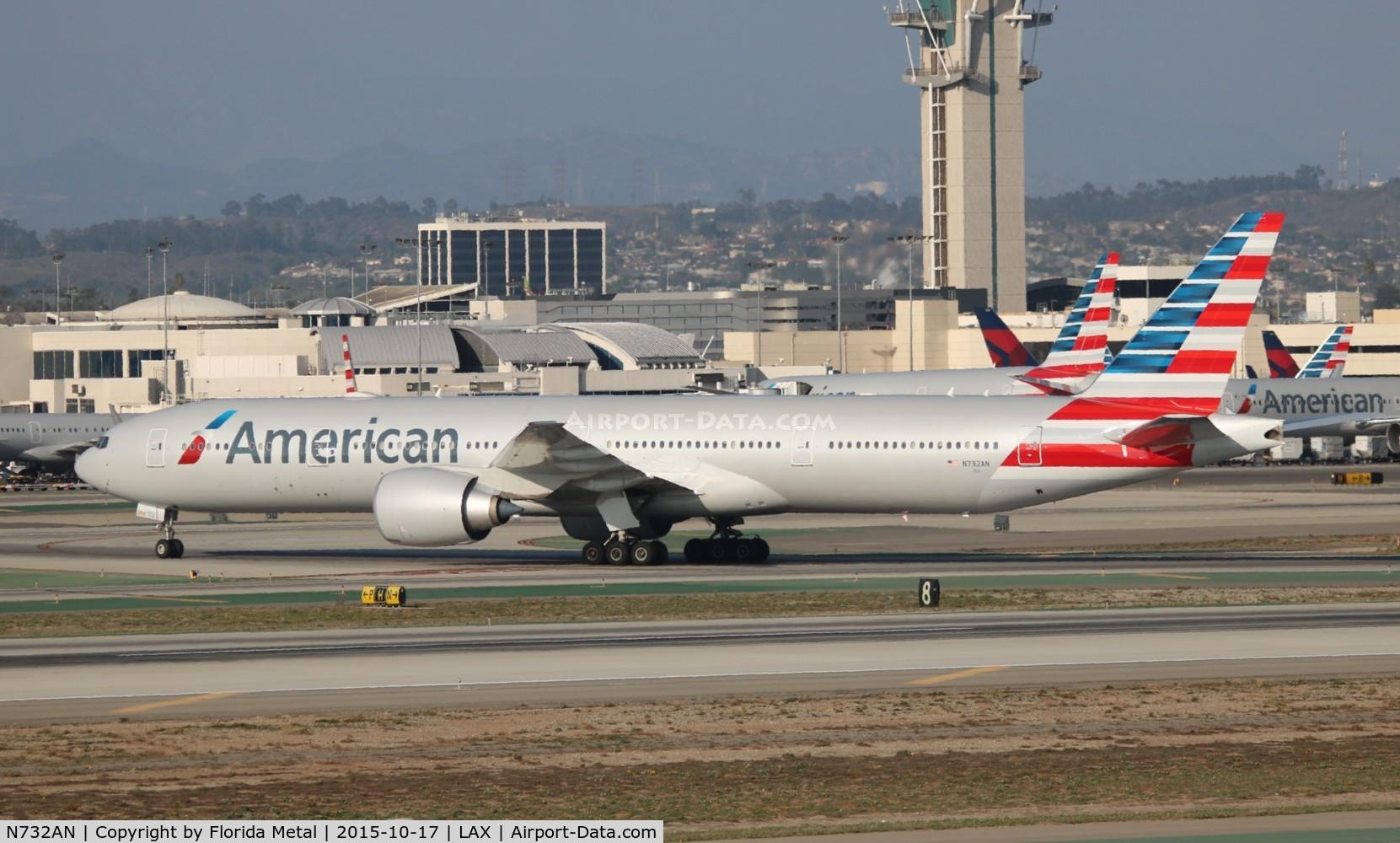 N732AN, 2014 Boeing 777-323/ER C/N 31549, American