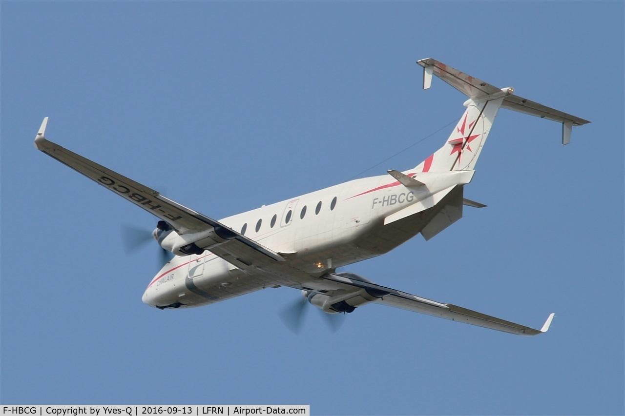 F-HBCG, 1993 Beech 1900D C/N UE-70, Beech 1900D, Take off rwy 28, Rennes-St Jacques  airport (LFRN-RNS)
