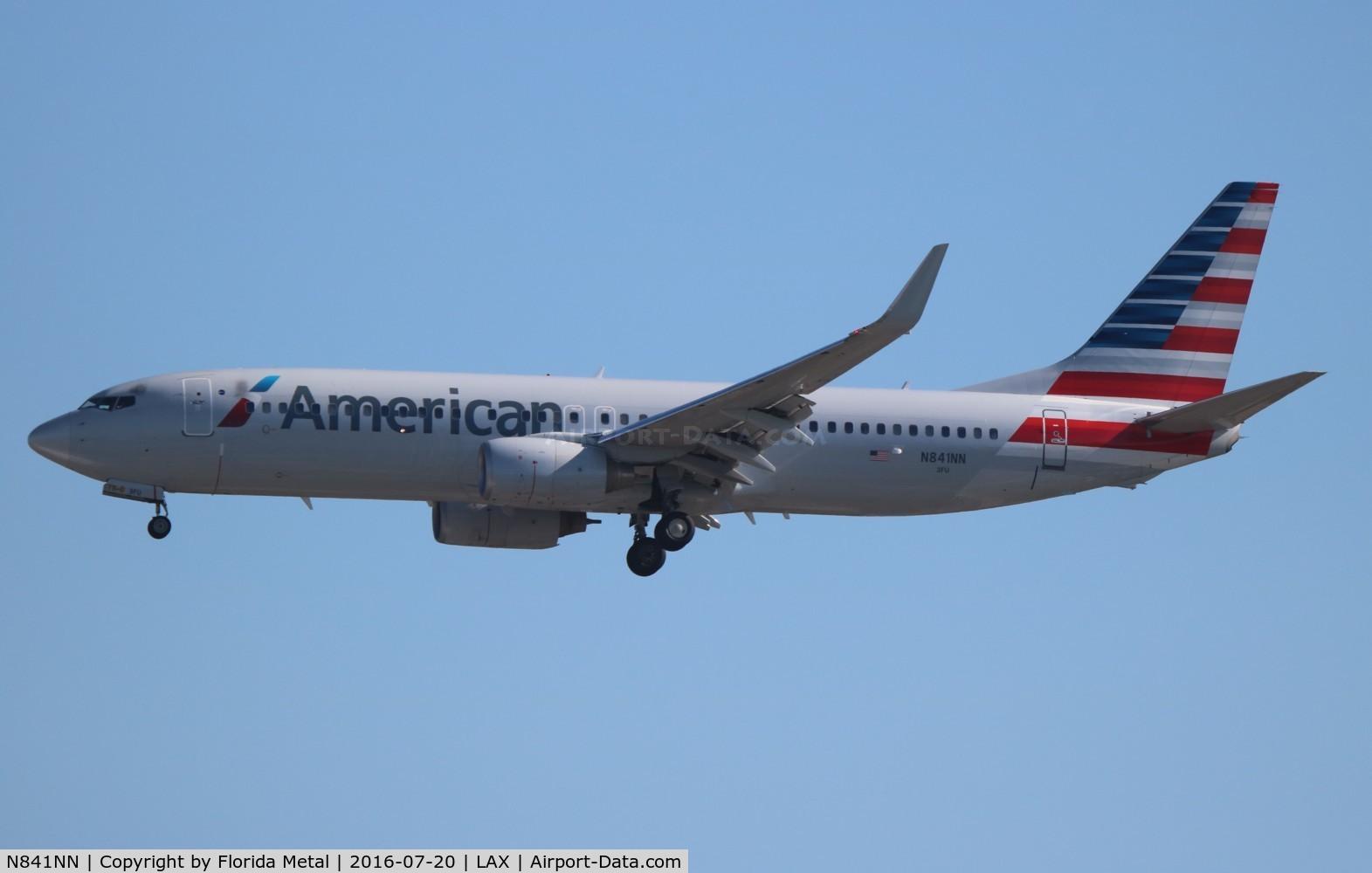 N841NN, Boeing 737-823 C/N 30914, American