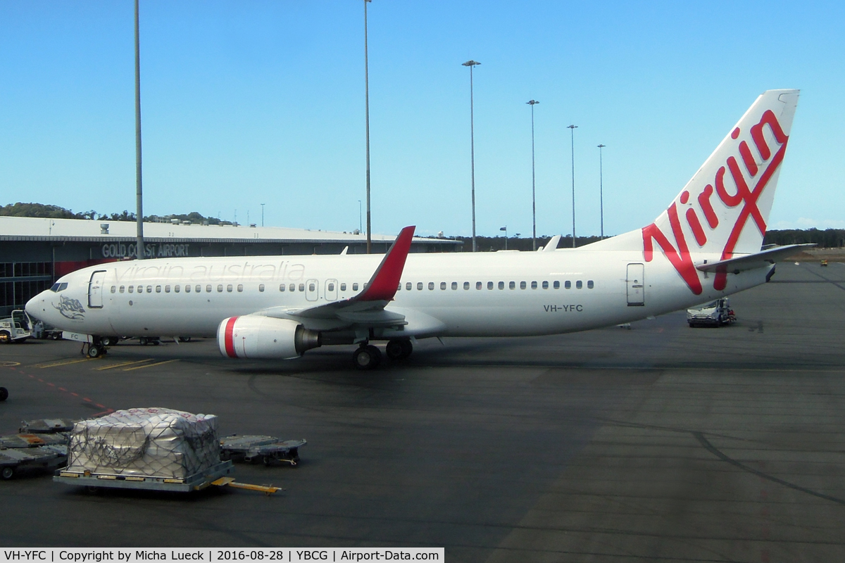 VH-YFC, 2011 Boeing 737-81D C/N 39413, At Coolangatta