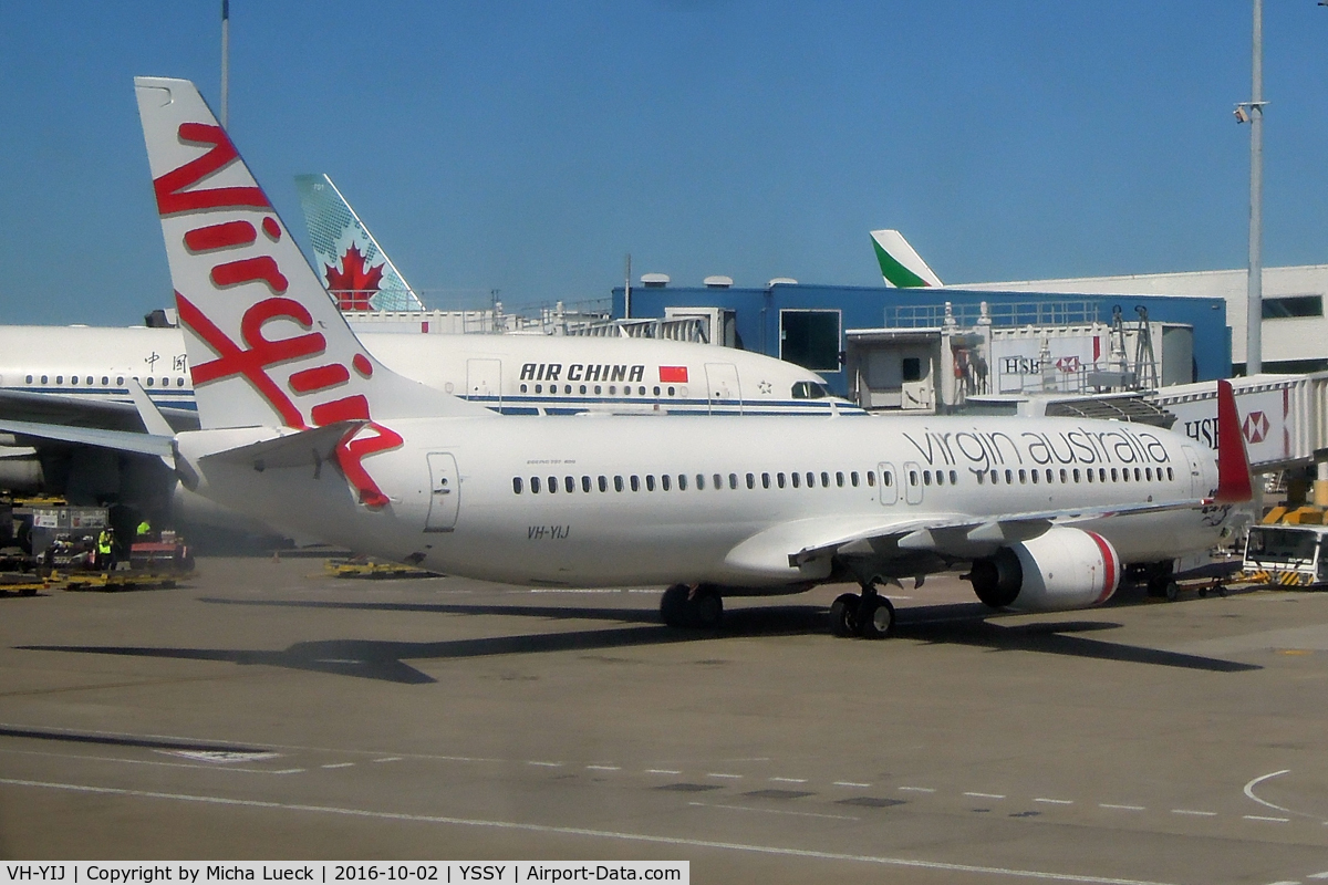 VH-YIJ, 2012 Boeing 737-8FE C/N 39924, At Mascot