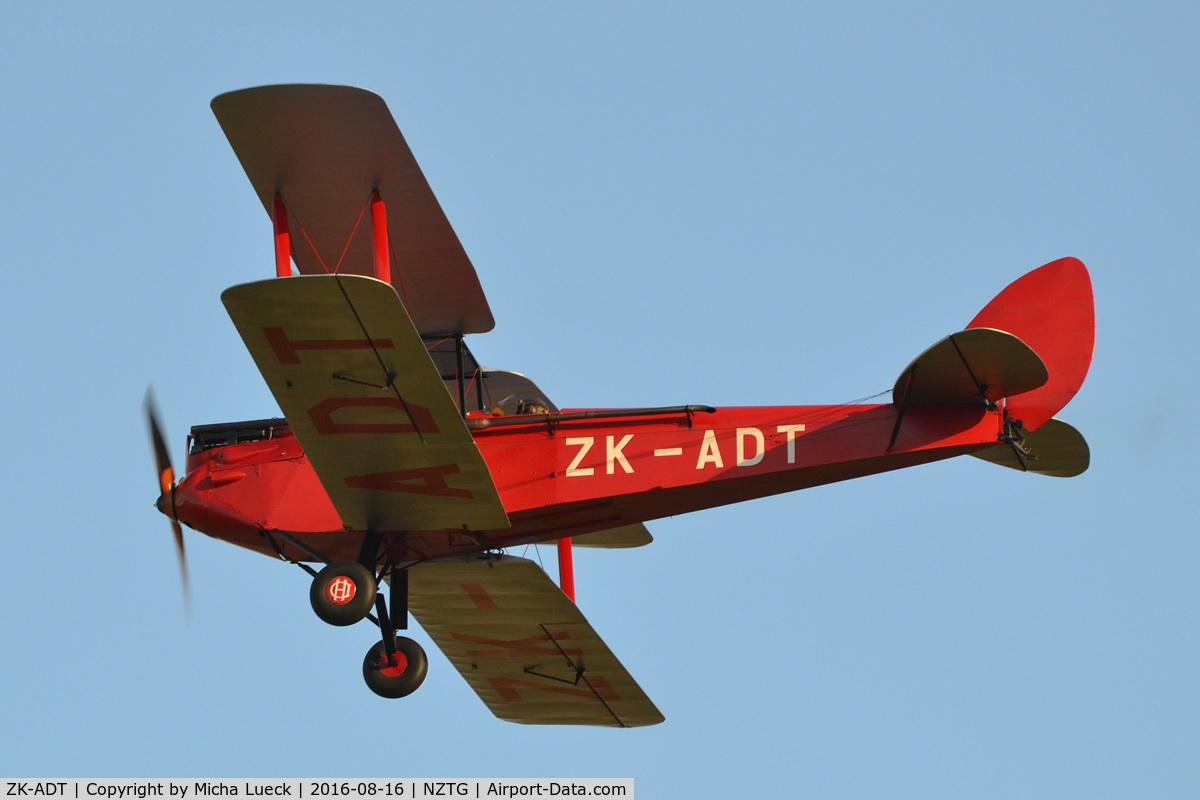 ZK-ADT, 1929 De Havilland DH.60G Gipsy Moth C/N 1101, At Tauranga