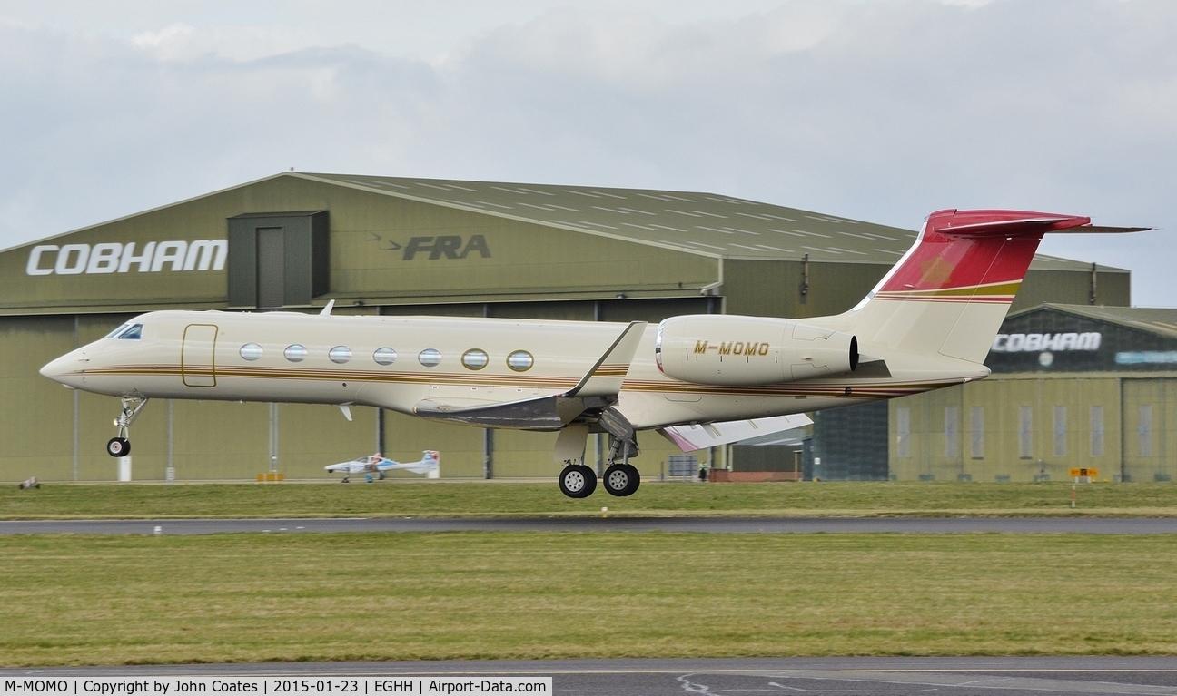 M-MOMO, 2010 Gulfstream Aerospace GV-SP (G550) C/N 5292, Touchdown 26