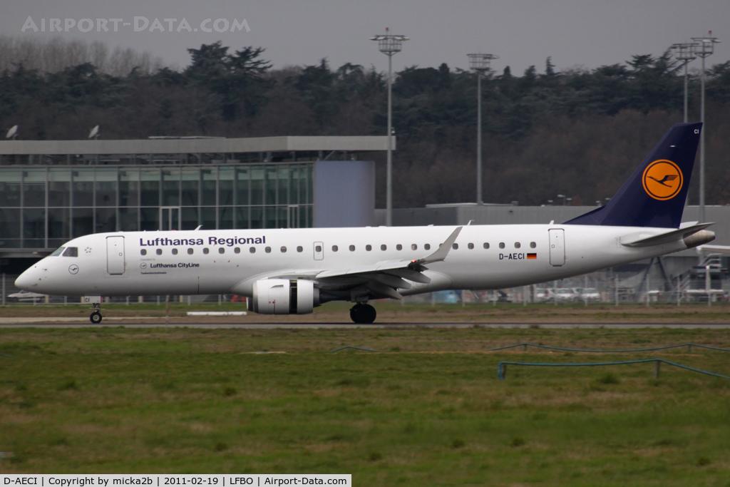 D-AECI, 2010 Embraer 190LR (ERJ-190-100LR) C/N 19000381, Taxiing