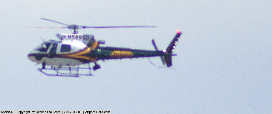 N599SD, Eurocopter AS-350B-3 Ecureuil C/N 7240, N599SD Police Helicopter Flying Over North Tucson