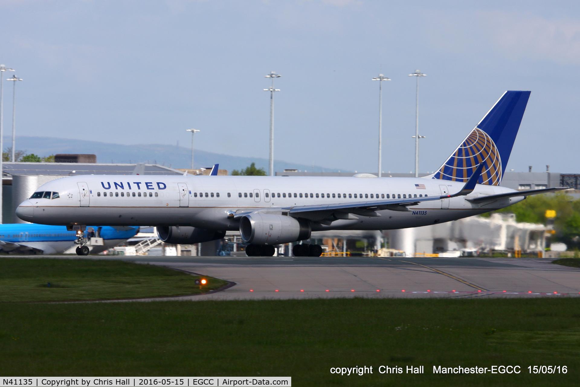 N41135, 1999 Boeing 757-224 C/N 29284, United