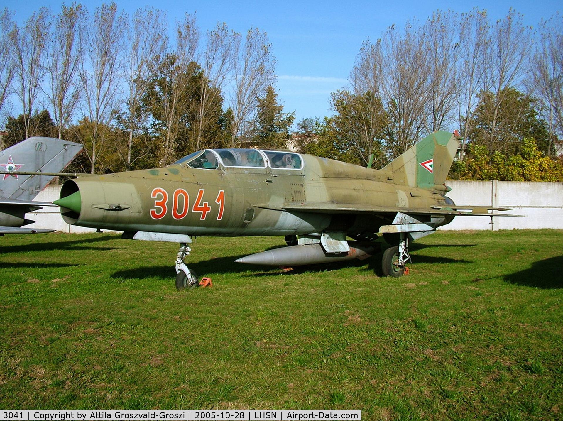 3041, 1974 Mikoyan-Gurevich MIG-21UM C/N 516903041, Szolnok airplane museum, Hungary