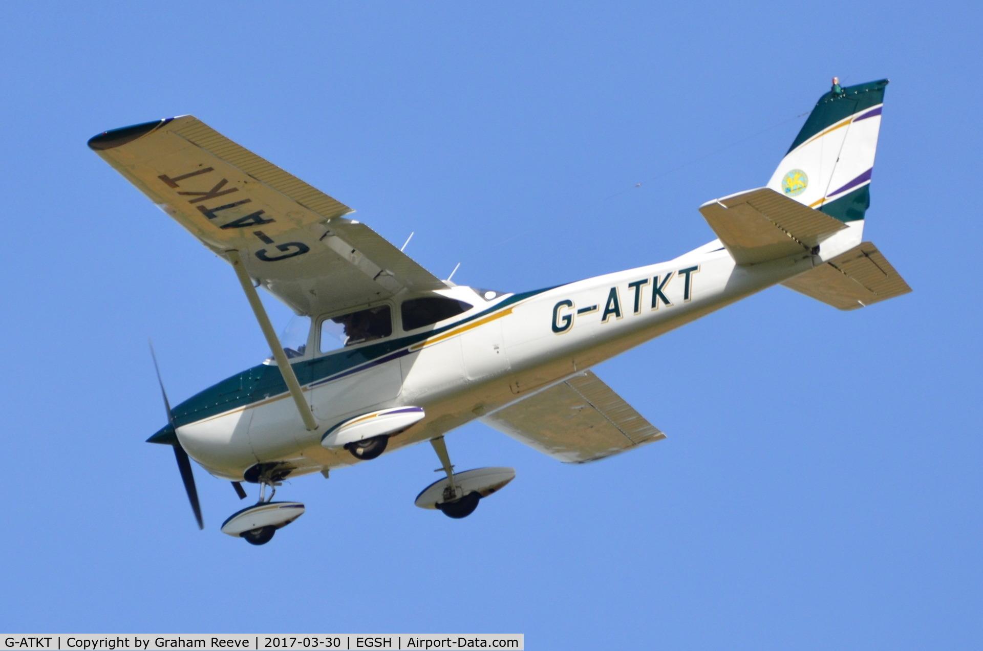 G-ATKT, 1965 Reims F172G Skyhawk C/N 0206, Landing at Norwich.