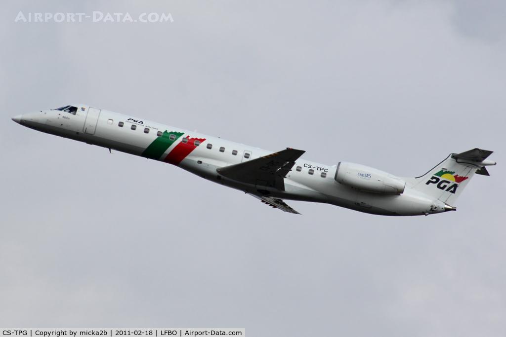 CS-TPG, 1997 Embraer EMB-145EP (ERJ-145EP) C/N 145014, Take off
