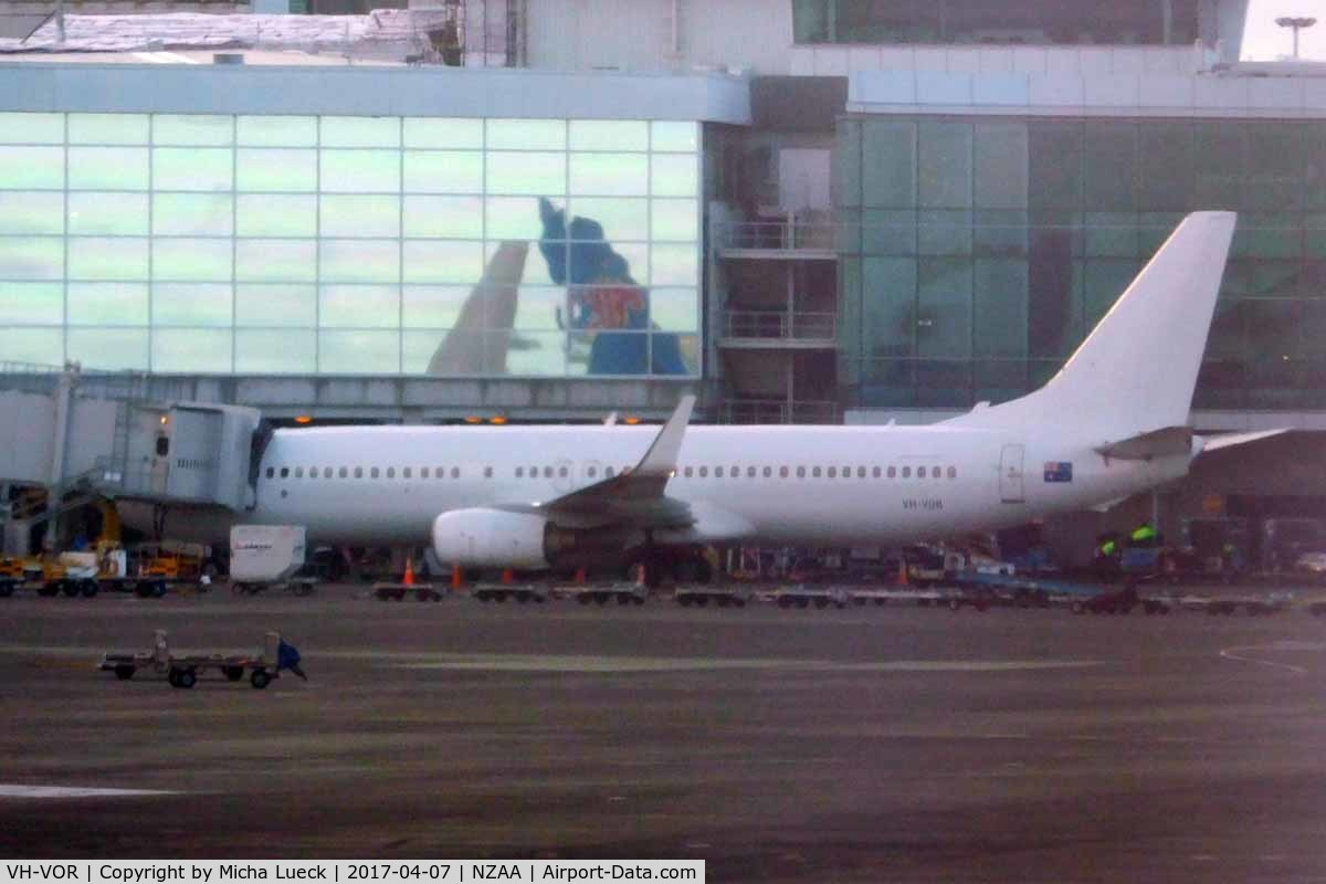 VH-VOR, 2004 Boeing 737-8FE C/N 33799, Territory Tinkerbell currently in all white livery