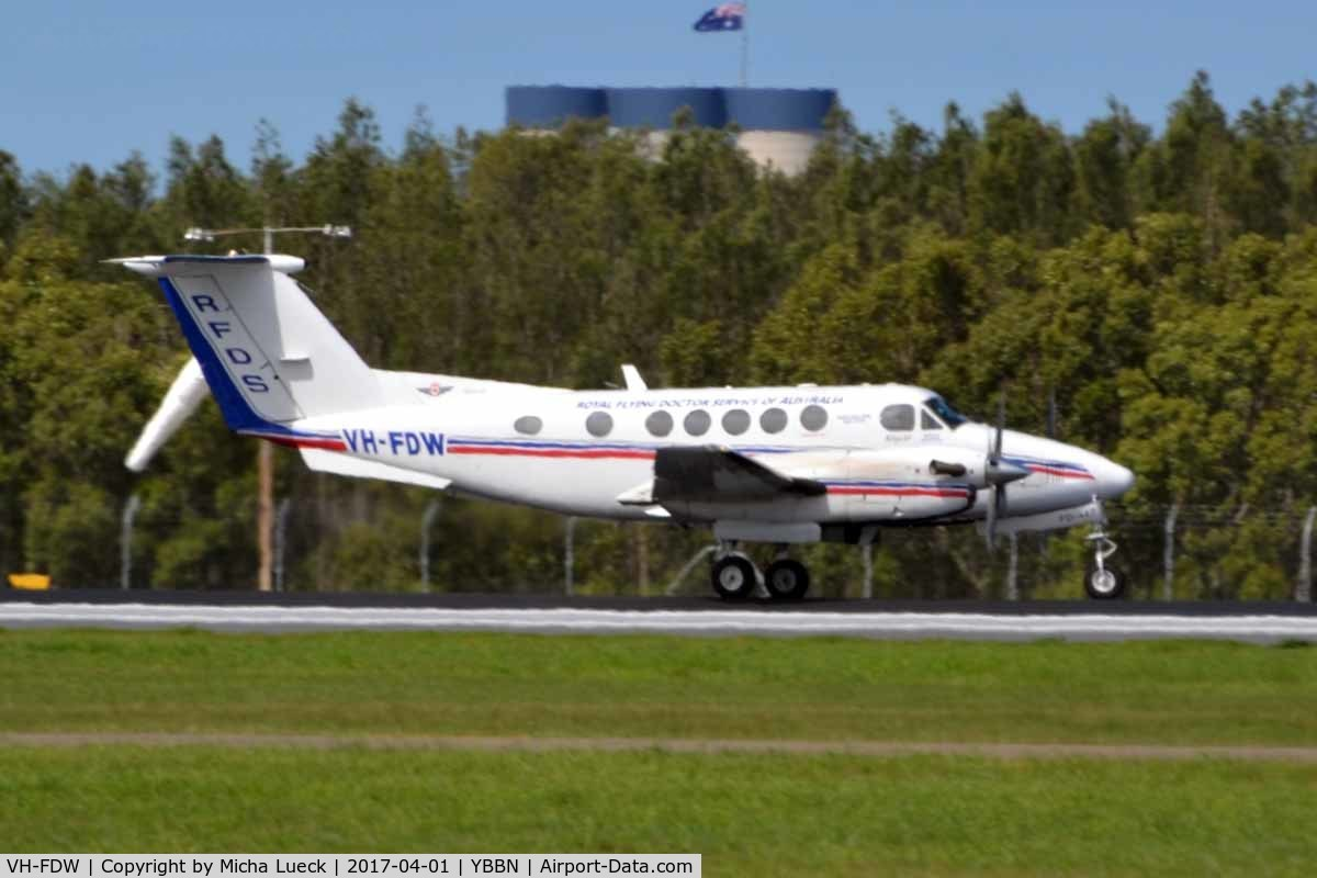 VH-FDW, 2004 Raytheon B200 King Air C/N BB-1880, At Brisbane