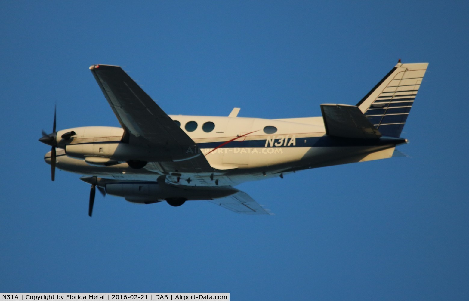 N31A, 1978 Beech E-90 King Air C/N LW-281, Beech E90