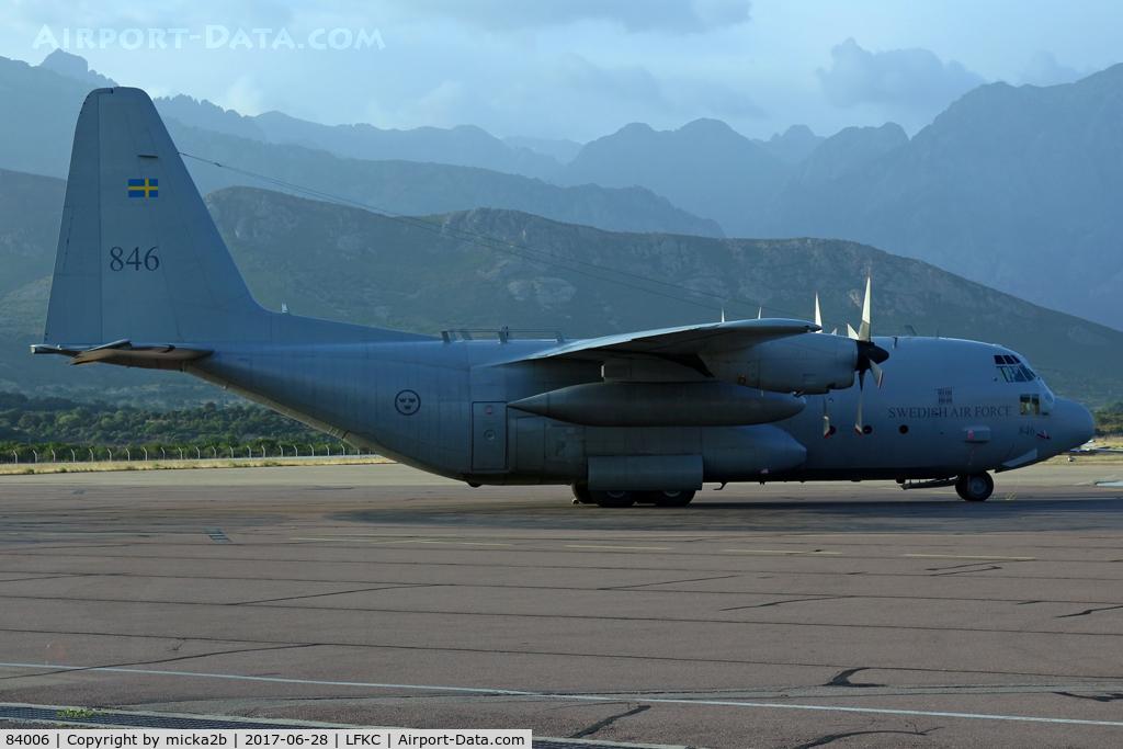 84006, 1981 Lockheed C-130H Hercules C/N 382-4885, Parked