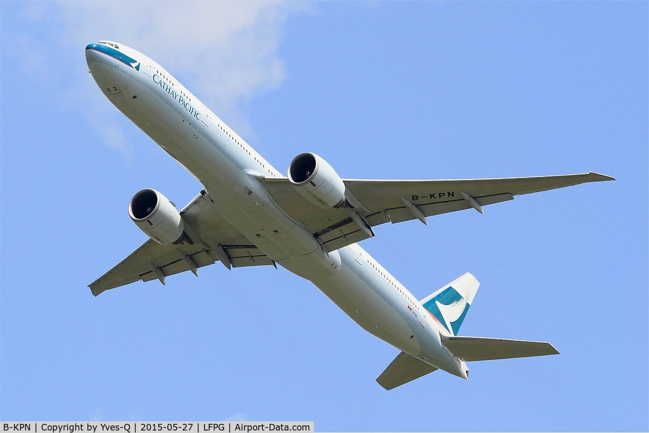 B-KPN, 2009 Boeing 777-367/ER C/N 36165, Boeing 777-367ER, Take off rwy 27L, Roissy Charles De Gaulle airport (LFPG-CDG)