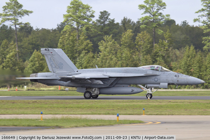 166649, Boeing F/A-18E Super Hornet C/N E112, F/A-18E Super Hornet 166649 AC-413 from VFA-105