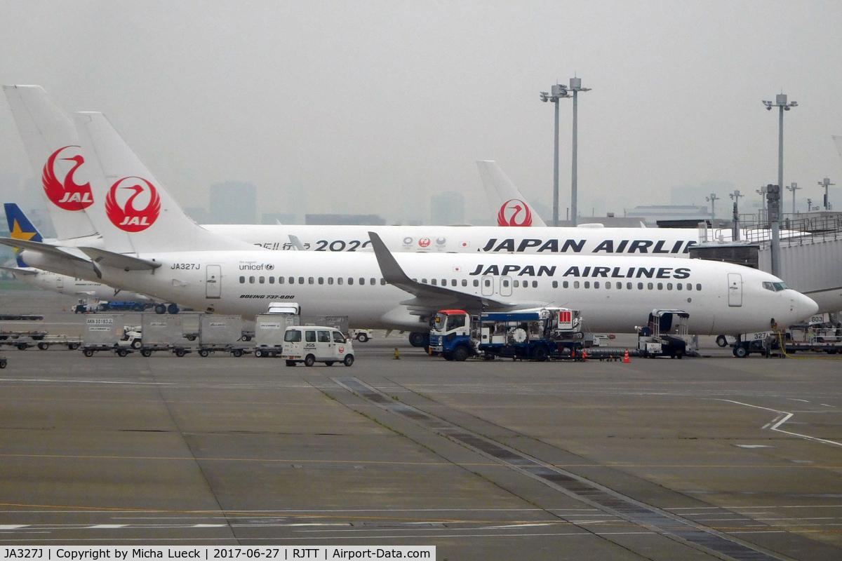 JA327J, 2010 Boeing 737-846 C/N 35356, At Haneda