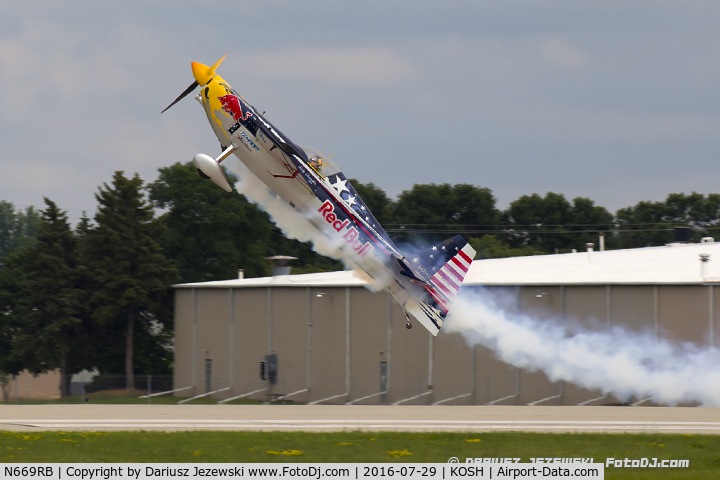 N669RB, 2000 Zivko Edge 540 C/N 0027, Red Bull Air Race pilot, Kirby Chambliss take off, N669RB