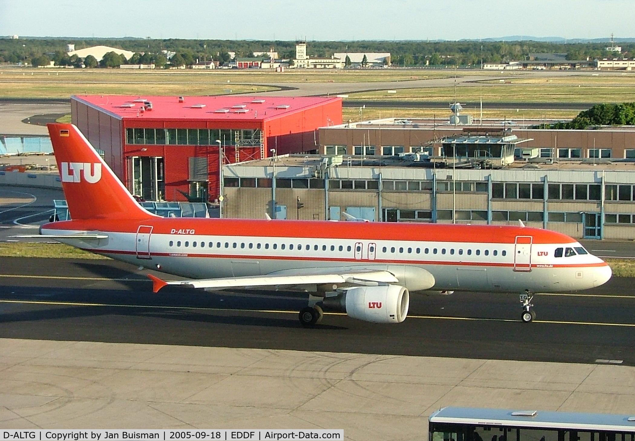 D-ALTG, 2002 Airbus A320-214 C/N 1762, LTU