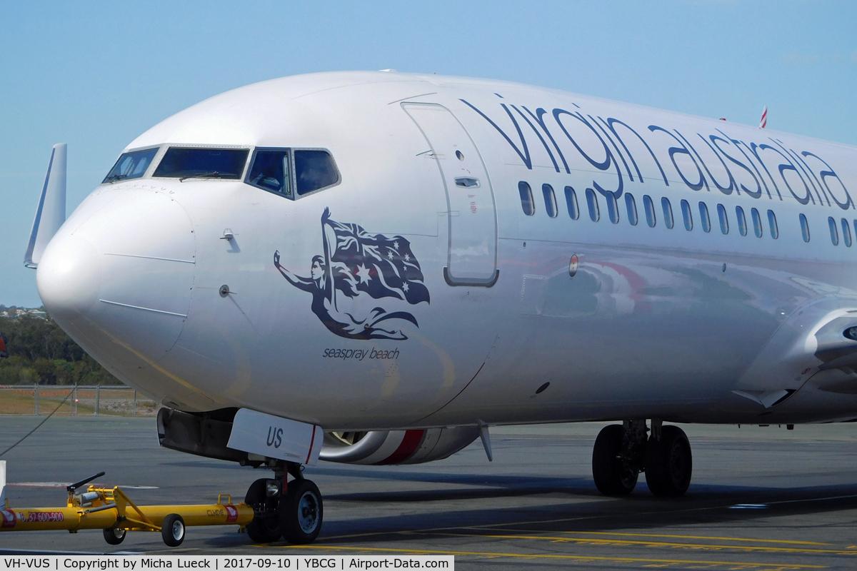 VH-VUS, 2009 Boeing 737-8FE C/N 36607, At Coolangatta