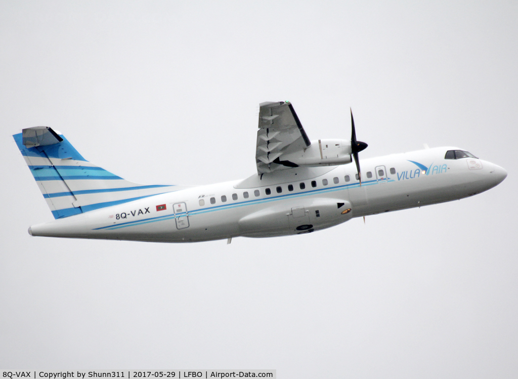 8Q-VAX, 2006 ATR 42-500 C/N 647, Delivery day...