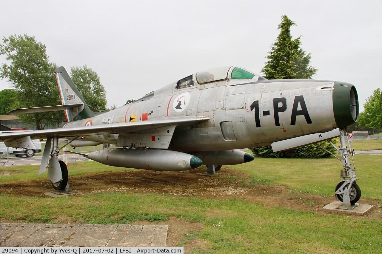 29094, Republic F-84F Thunderstreak C/N 52-8897, Republic F-84F Thunderstreak, Preserved at St Dizier-Robinson Air Base 113 (LFSI)