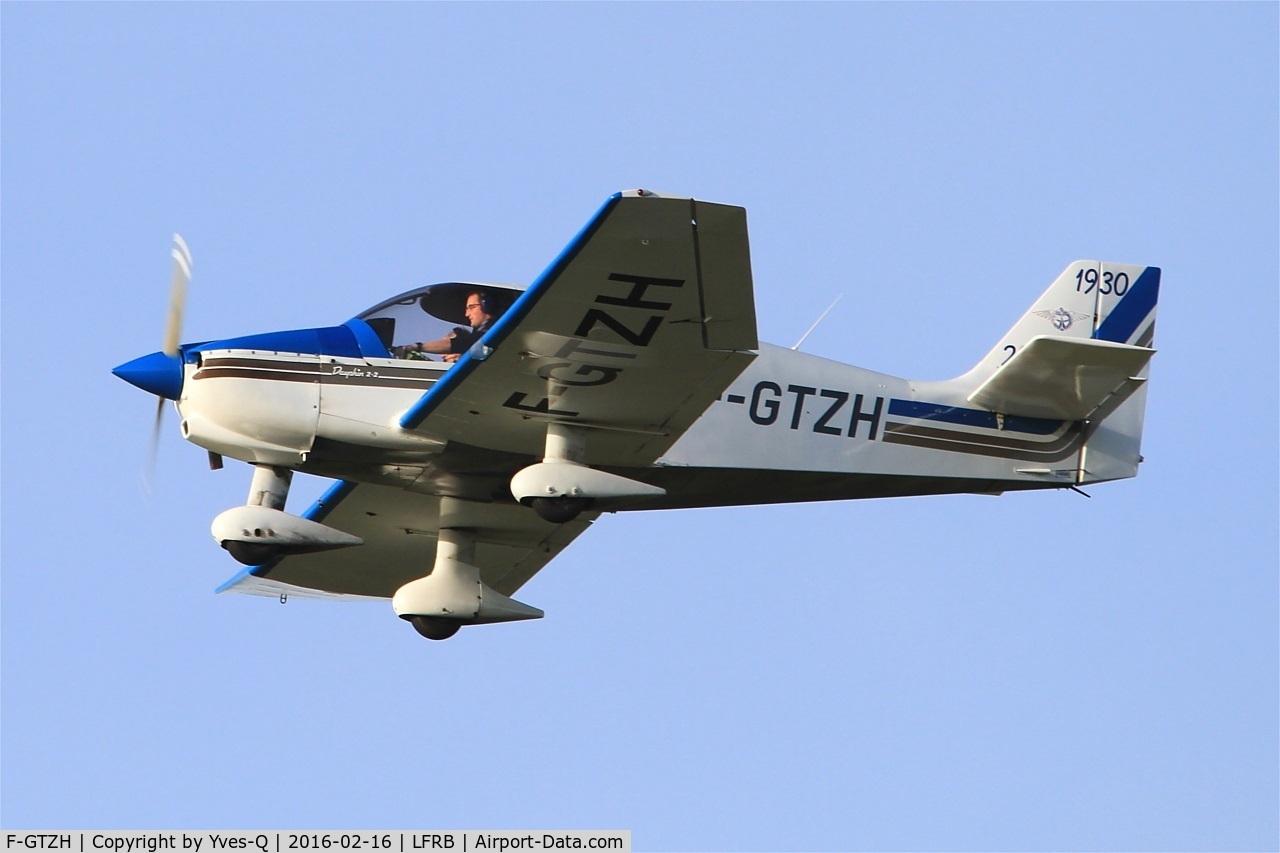 F-GTZH, Robin DR-400-120 Petit Prince C/N 2455, Robin DR-400-120, Go arround Rwy 25L, Brest-Bretagne Regional Airport (LFRB-BES)