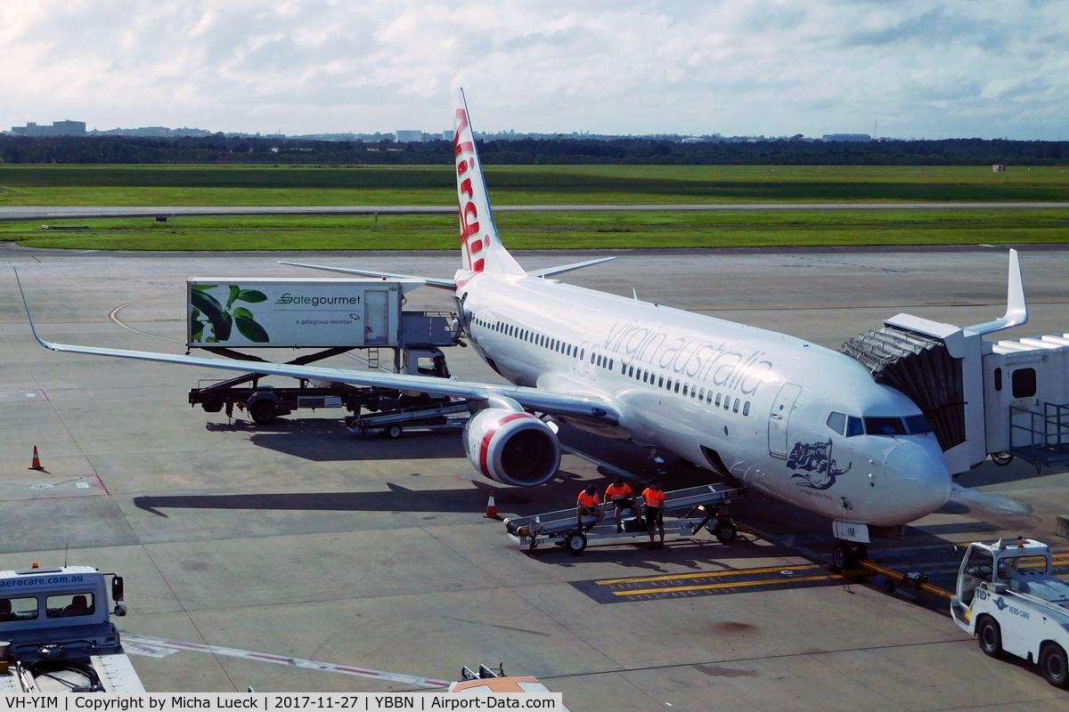 VH-YIM, 2012 Boeing 737-8FE C/N 38716, At Brisbane