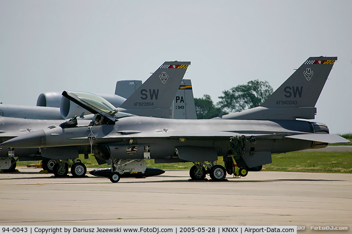 94-0043, 1994 Lockheed F-16CM Fighting Falcon C/N CC-197, F-16CJ Fighting Falcon 94-0043 SW from 77th FS