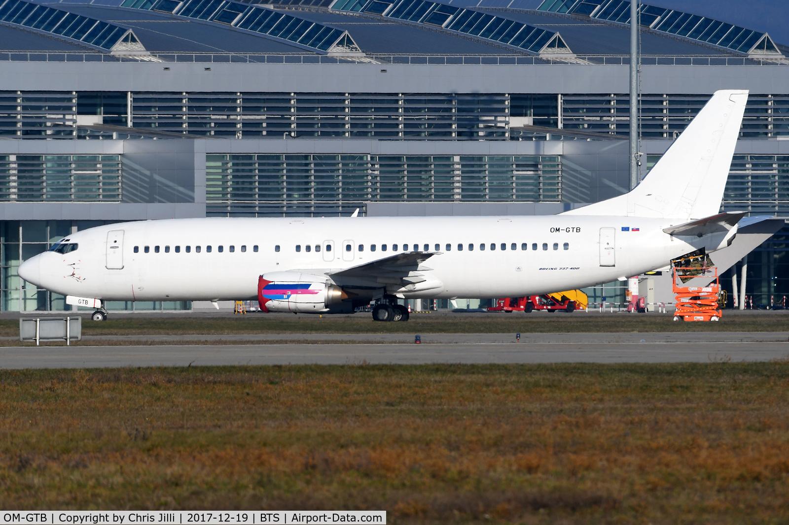 Aircraft OM-GTB (1997 Boeing 737-49R C/N 28882) Photo by