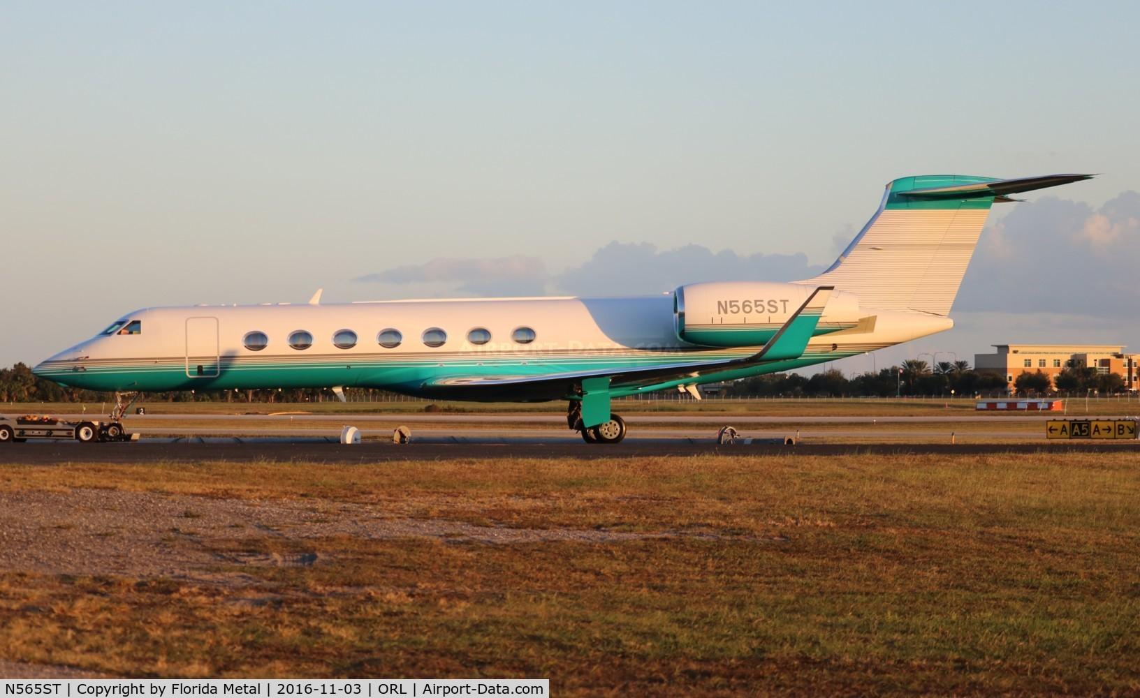 N565ST, 2004 Gulfstream Aerospace GV-SP (G550) C/N 5015, Gulfstream 550