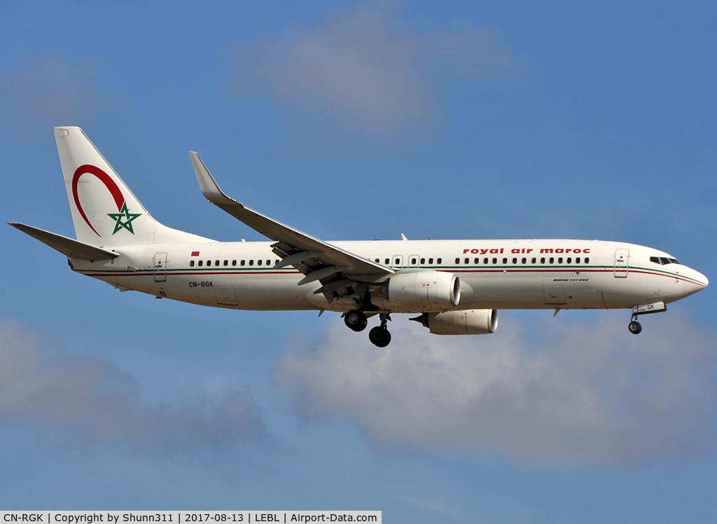 CN-RGK, 2012 Boeing 737-8B6 C/N 33073, Landing rwy 25R