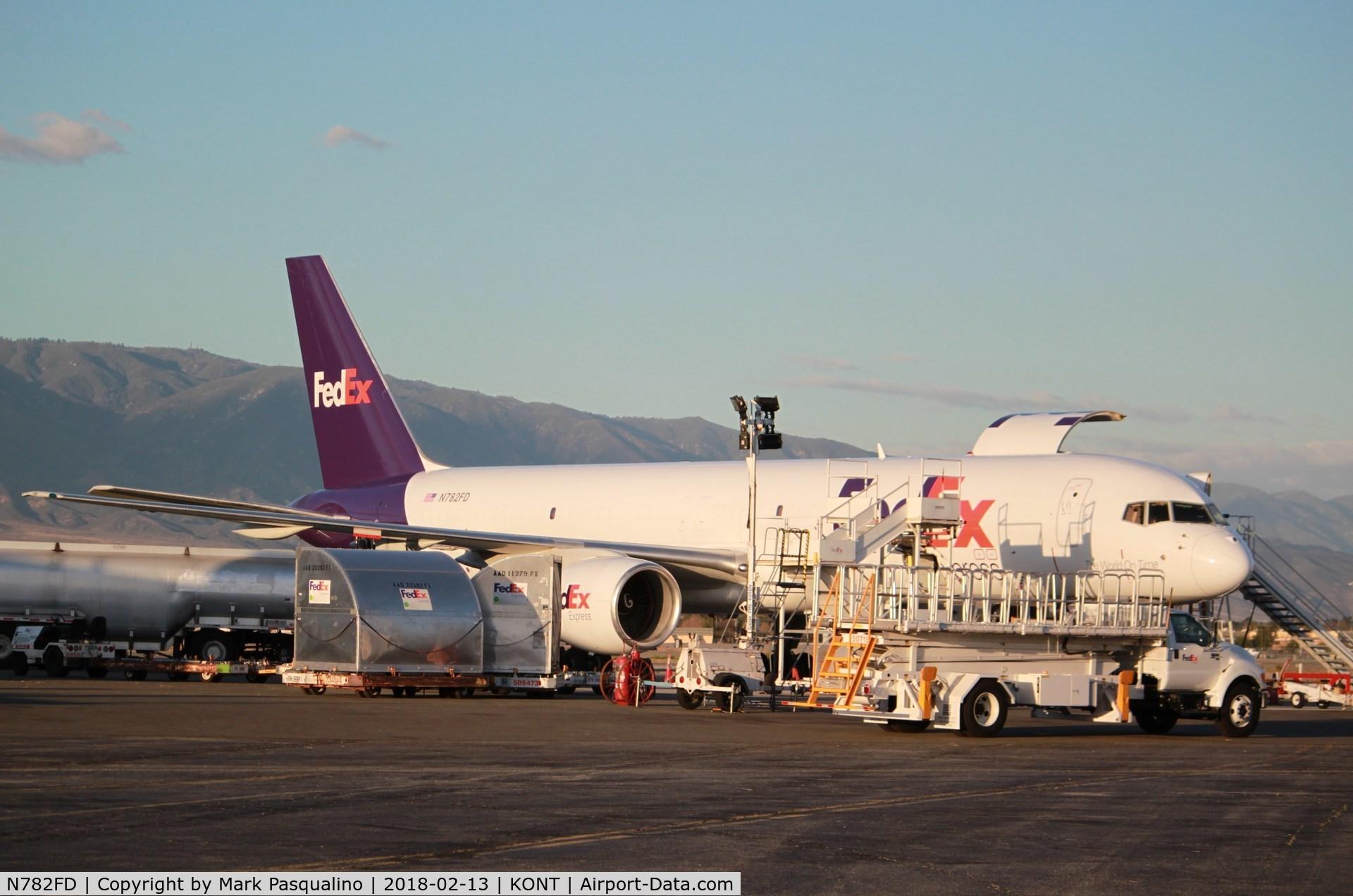 N782FD, 1992 Boeing 757-222 C/N 26677, Boeing 757-200