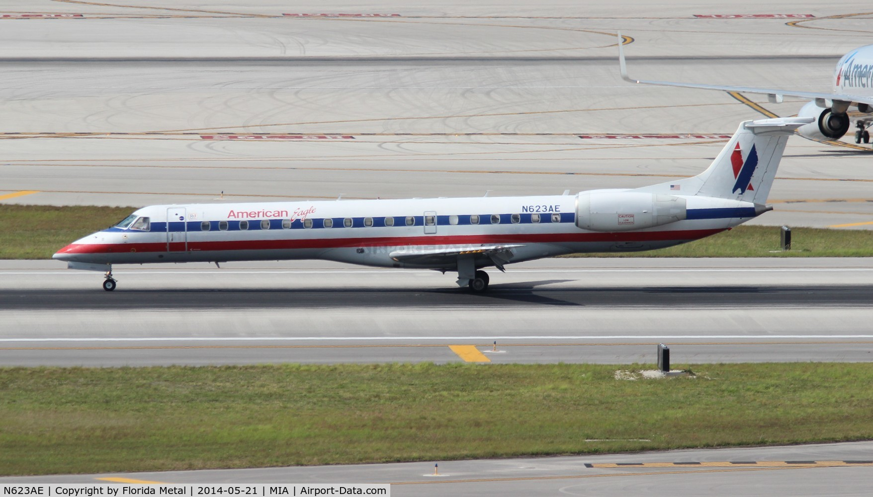 N623AE, 1999 Embraer EMB-145LR C/N 145109, American Eagle